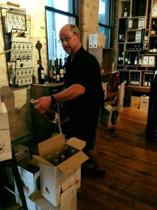 rob-gourmet-wine-shop-wine-bar-elk-rapids